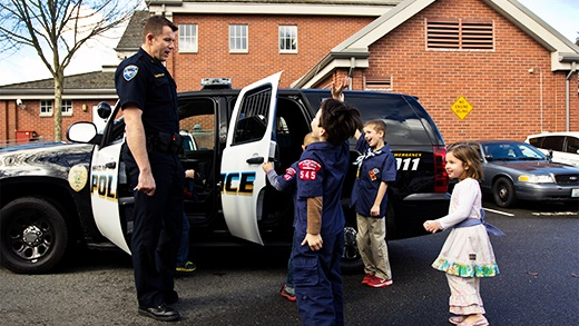 IPD Chief with kids