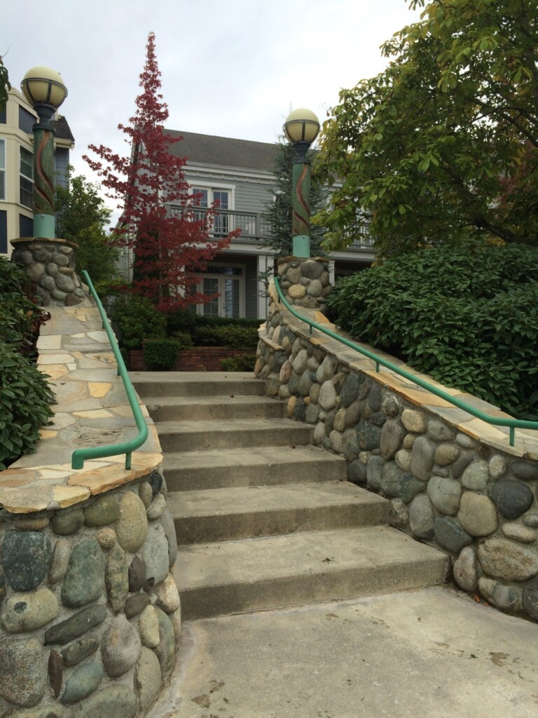 The homes around Ashland Circle all front onto Ashland Park, Issaquah Highlands' first public park, now refurbished by the IHCA with collaboration from the park designer, Milenko Matanovic. PC Chelsea Musick