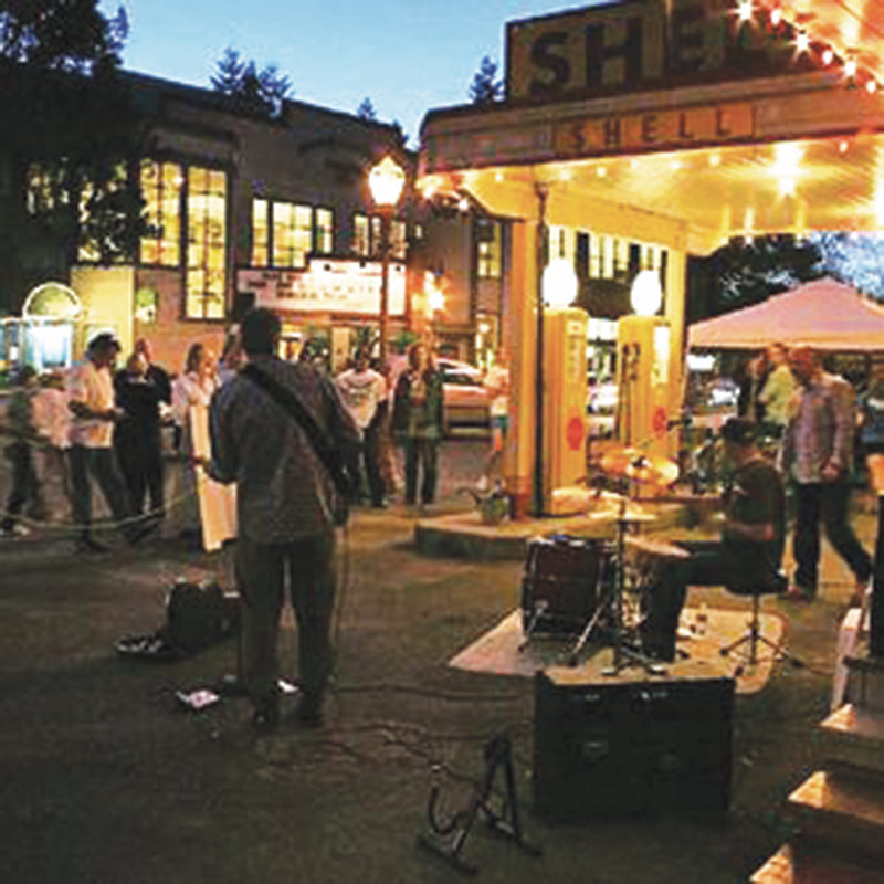 Downtown Issaquah Art Walk