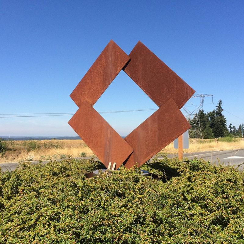 Outdoor Art and Sculpture Issaquah Highlands
