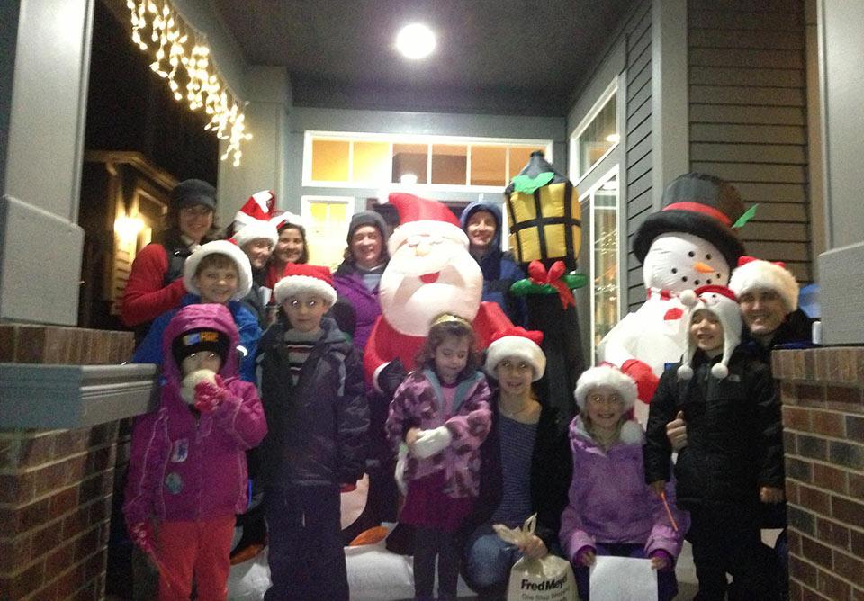 HY Community Caroling 2012