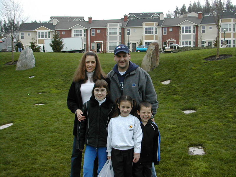 20 Years Issaquah Highlands Geoff Walker and Family 2002