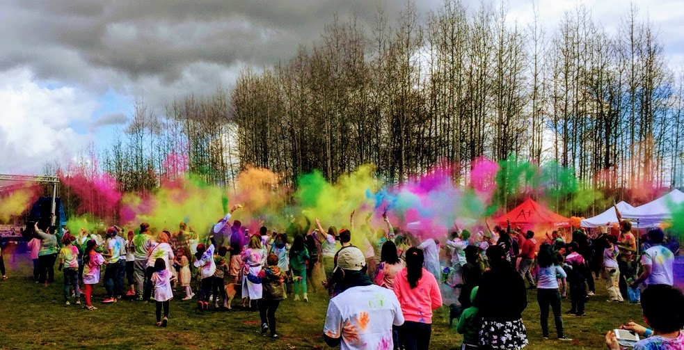 Holi 2018 at Marymoor Park in Redmond, about 20 minute drive from Issaquah Highlands.