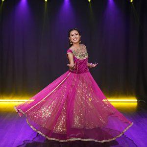 Vernika Jain dancing